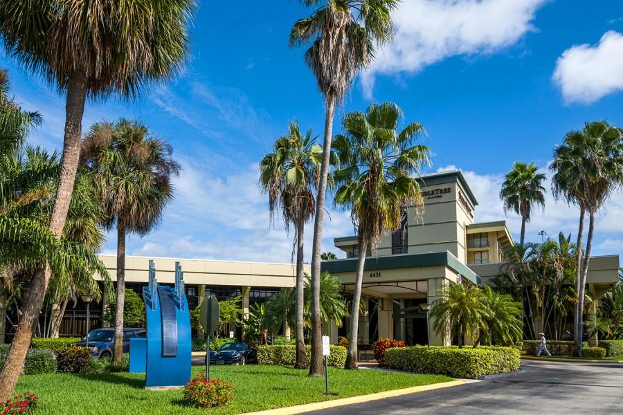 ... 4431 PGA Boulevard, Palm Beach Gardens, FL 33410 ...