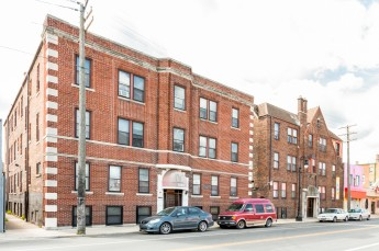 Apartment Building Auctions apartment buildings for sale - ten-x commercial