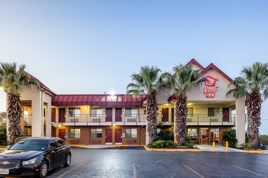 6861 HWY 90 W, San Antonio, TX 78227